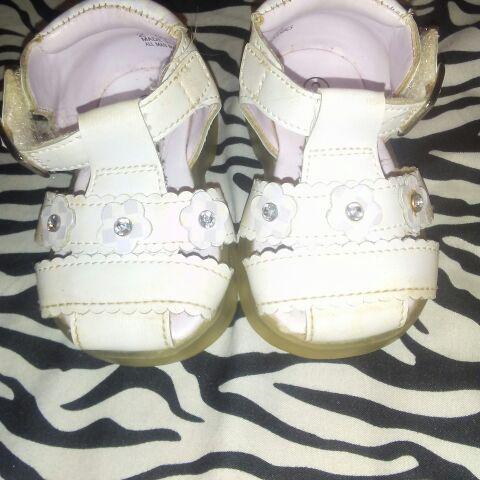 White toddle sandles