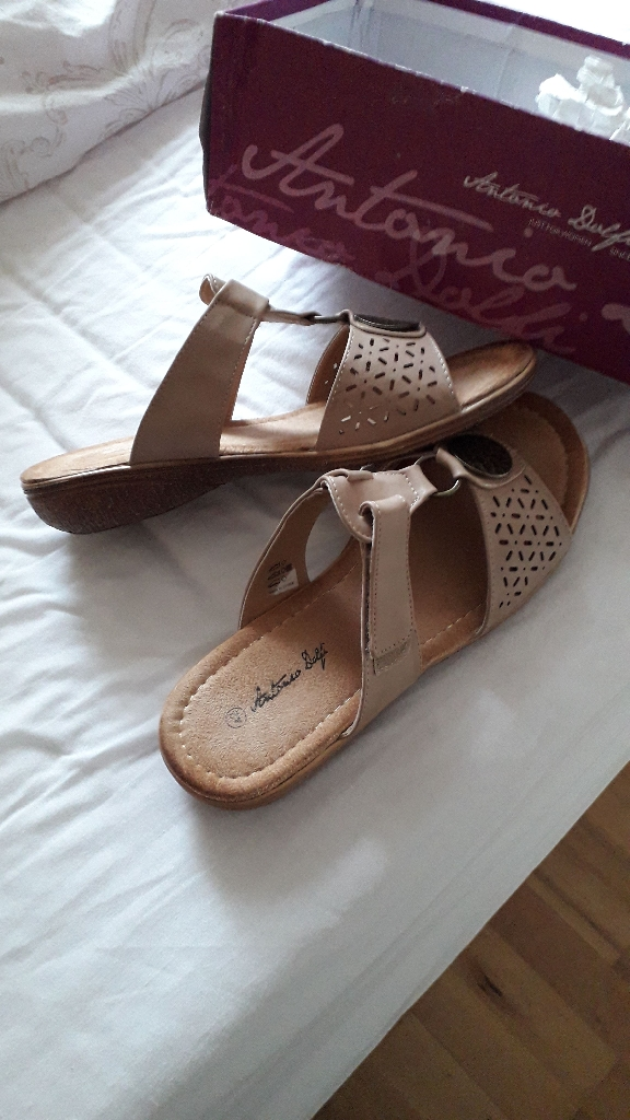 Taupe sandal to match trouser suite size 42/ 7to8