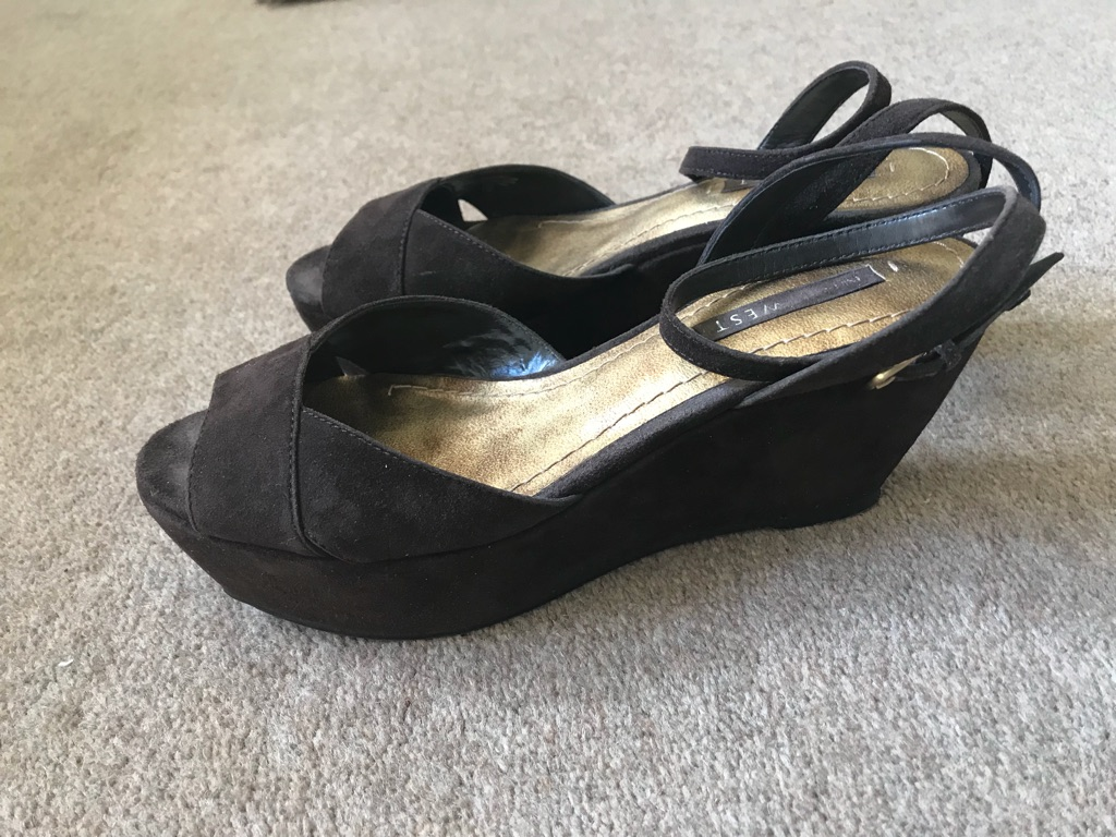 Nine West Ladies Dark Brown Suede Sandals UK Size 5