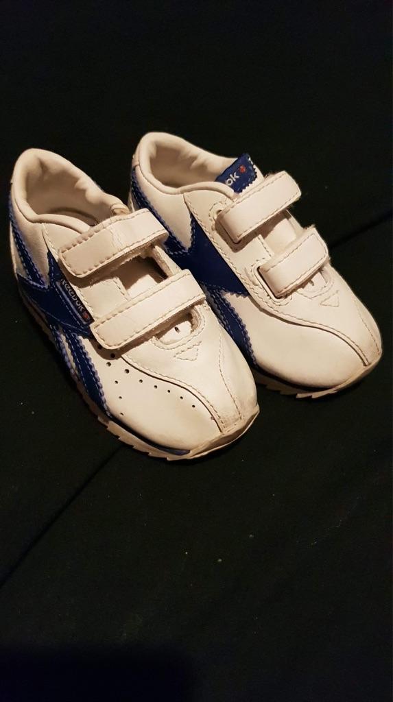 Baby boy Reebok trainers size uk 4