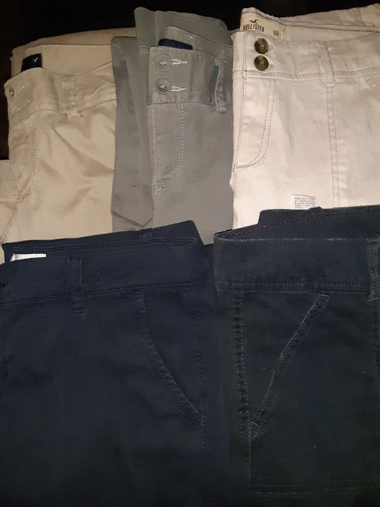 Lot of 5 pairs of name brand women's  pants