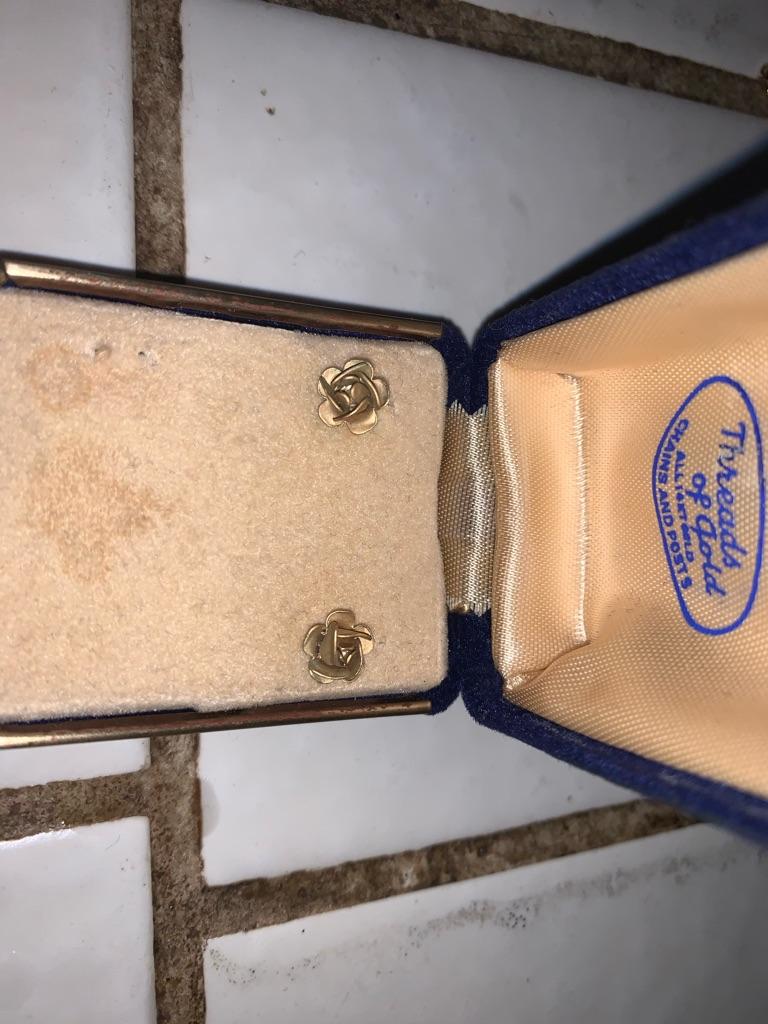1940's Vintage Rose Earrings