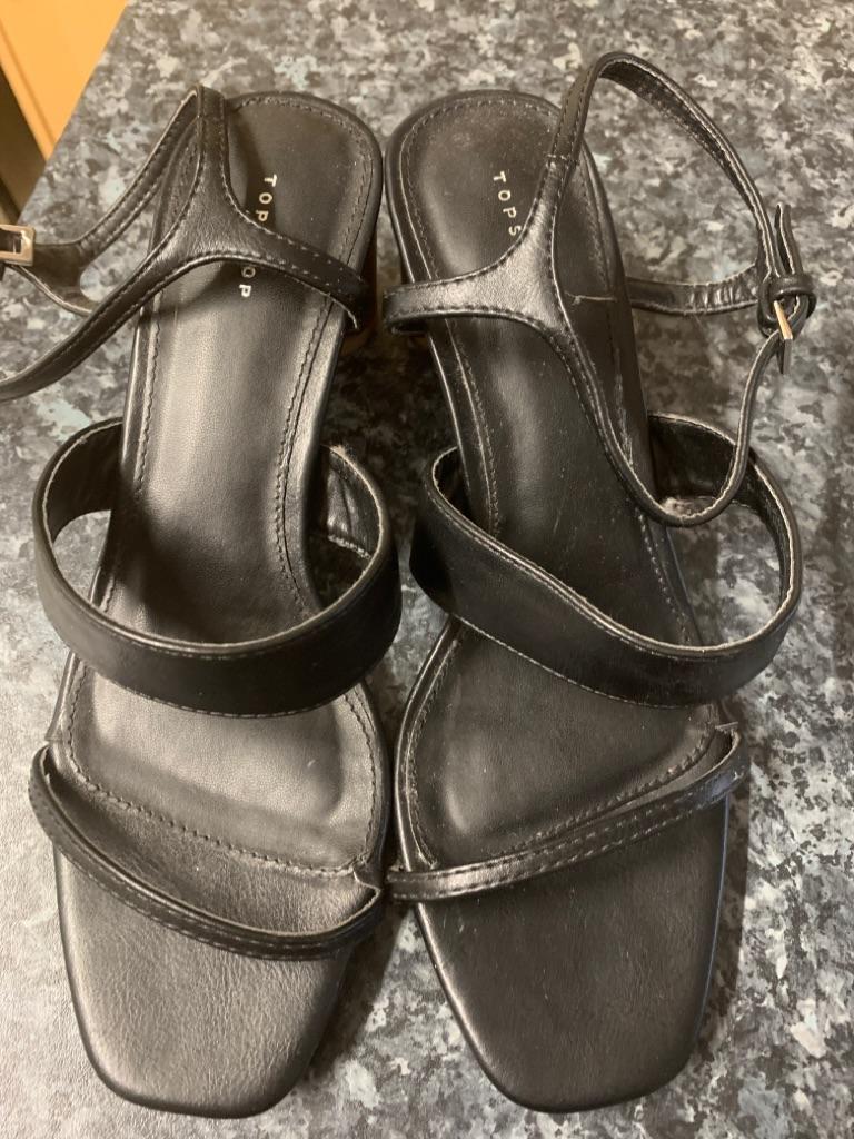 Black sandals Uk size 5