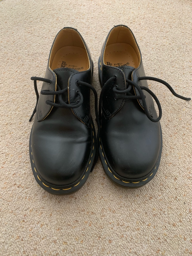 Dr Marten 3 Eyelet Shoes Black Size 4 New