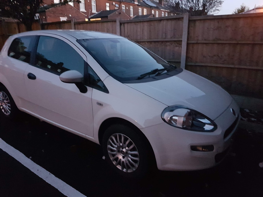 Fiat Punto Pop 1.2, 3 Door, 64 Reg, Low Mileage