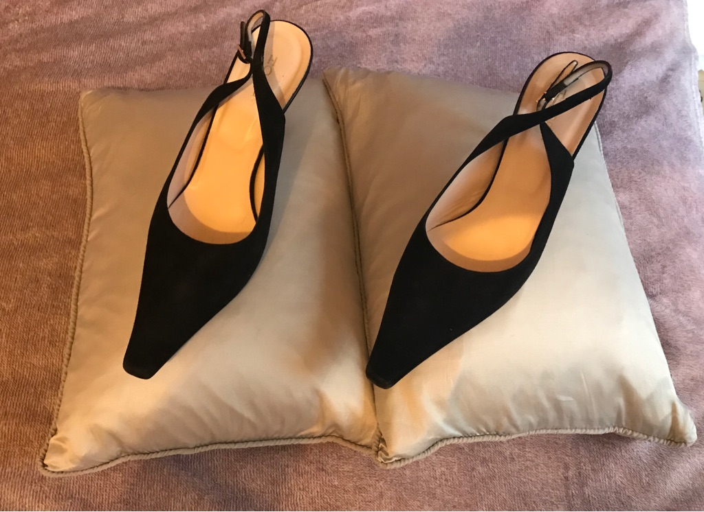 Hobbs Suede Pointed Shoe - Size 39