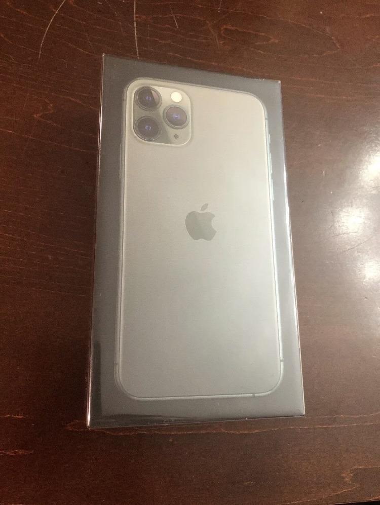 Iphone 11 pro (Unlocked)