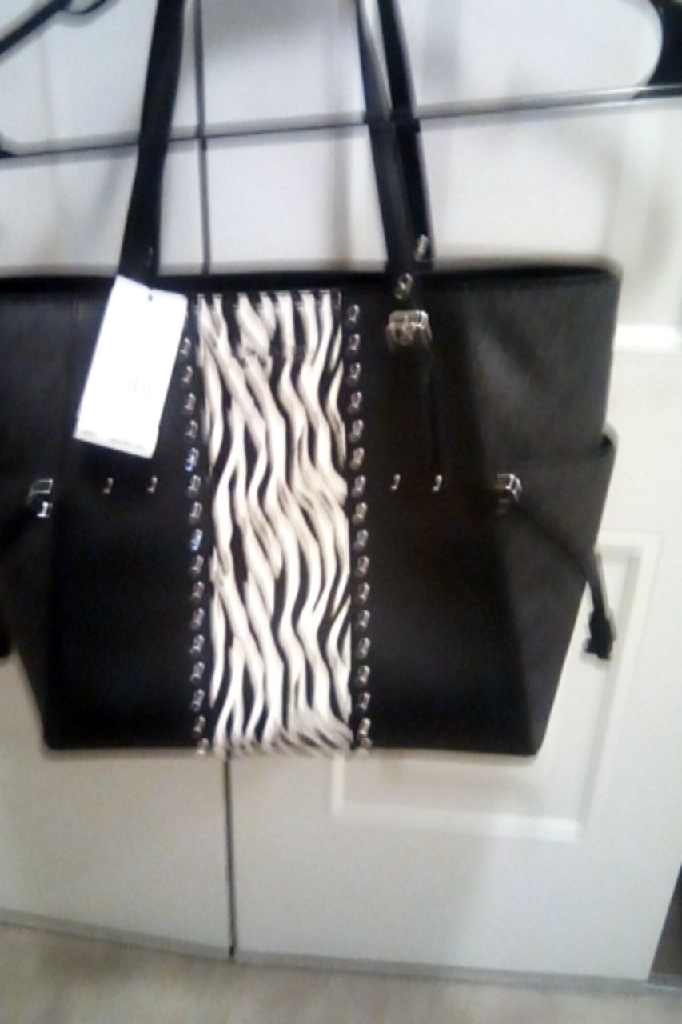 NEW MICHAEL KORS PURSE WITH TAGS