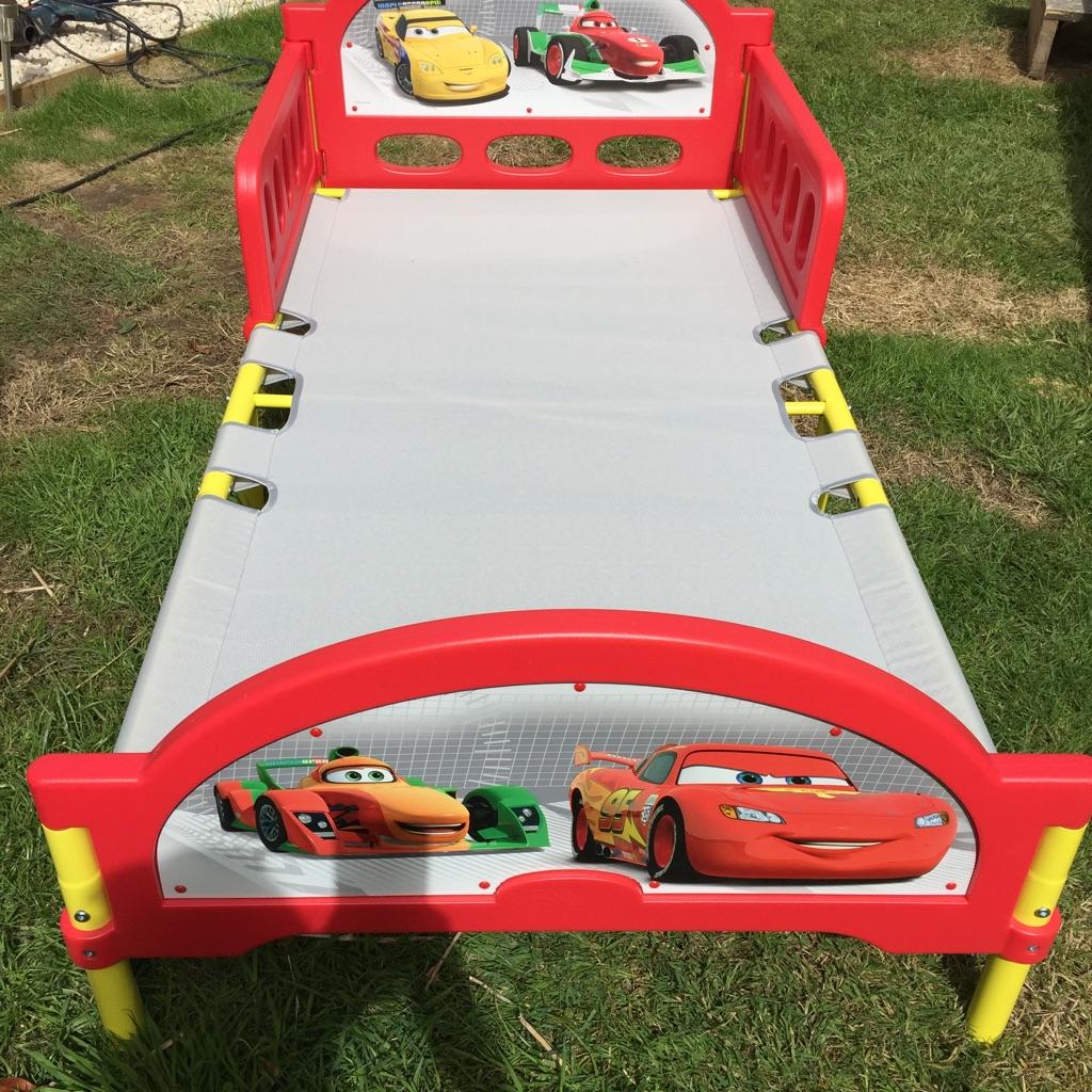 Junior 'Cars' bed