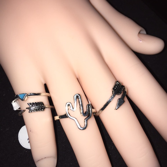 4 silver ring