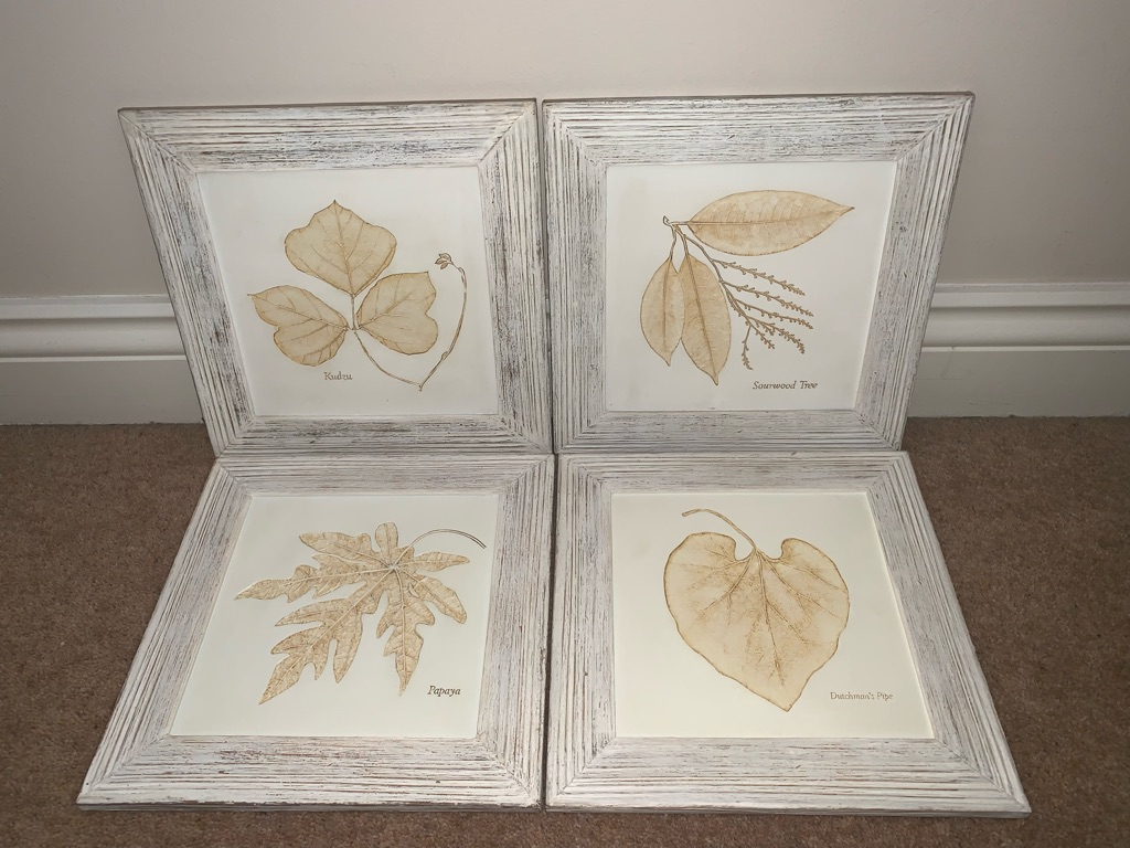 Hand painted wall leaf plaque