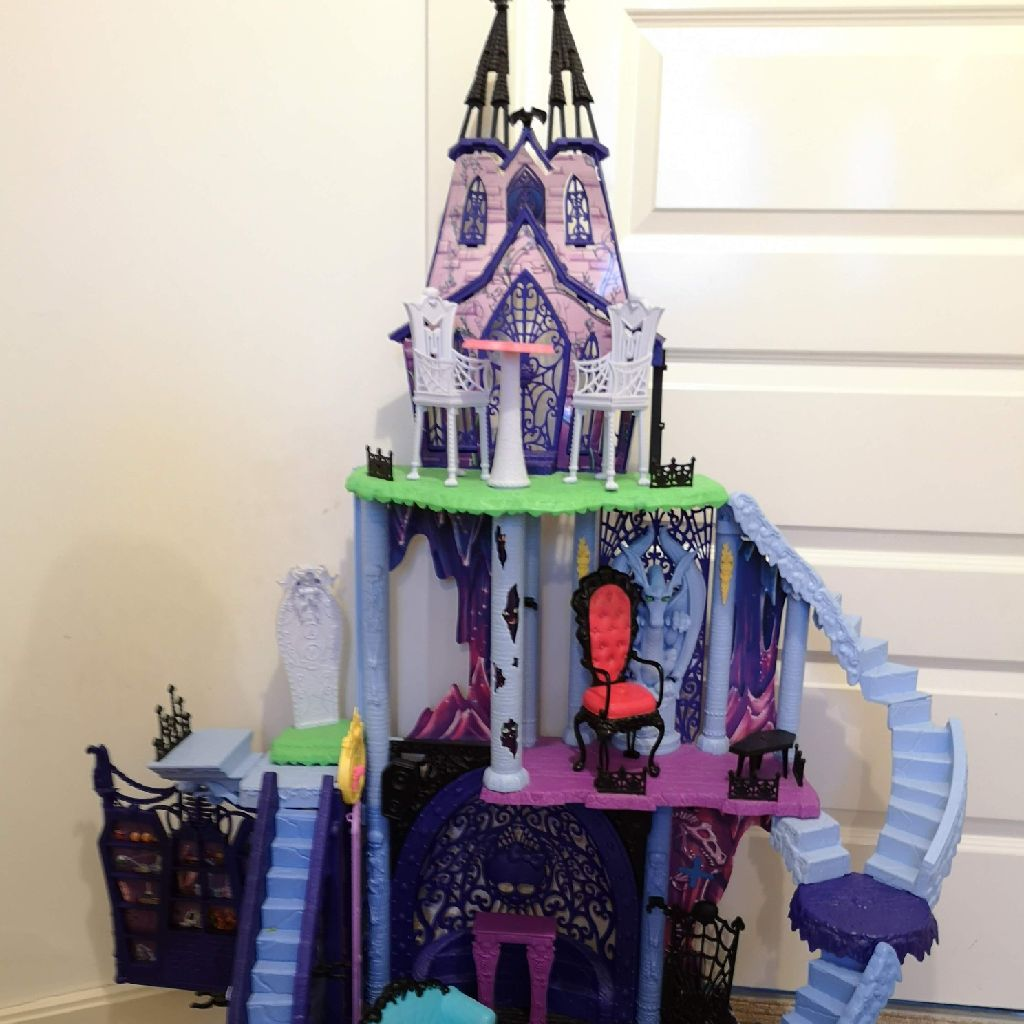 Kids monsters high house