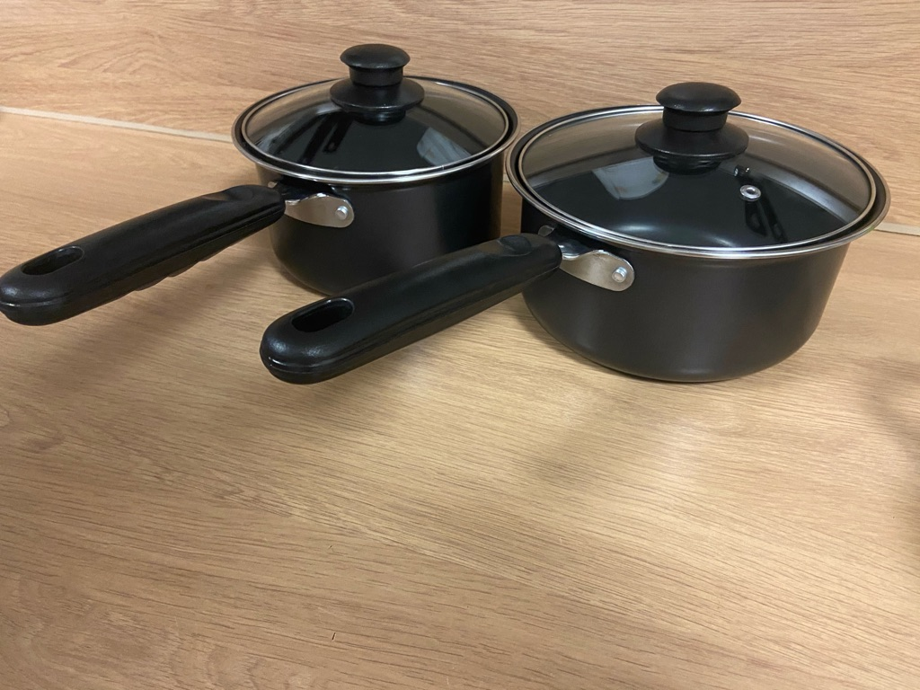 Casserole/s or Pot/s (individual or pack of 2 sizes)