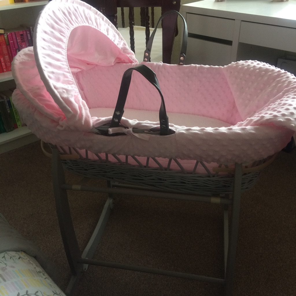Clair De Lune Moses Basket with stand