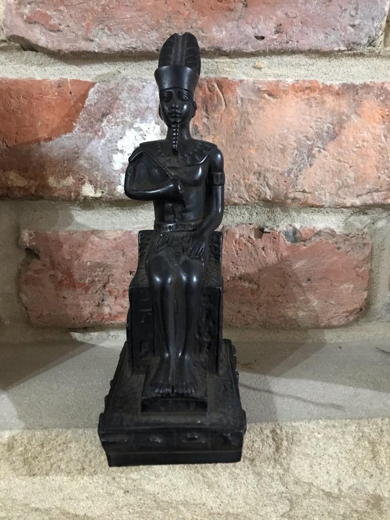 Handmade Egyptian statue (Ramases II)