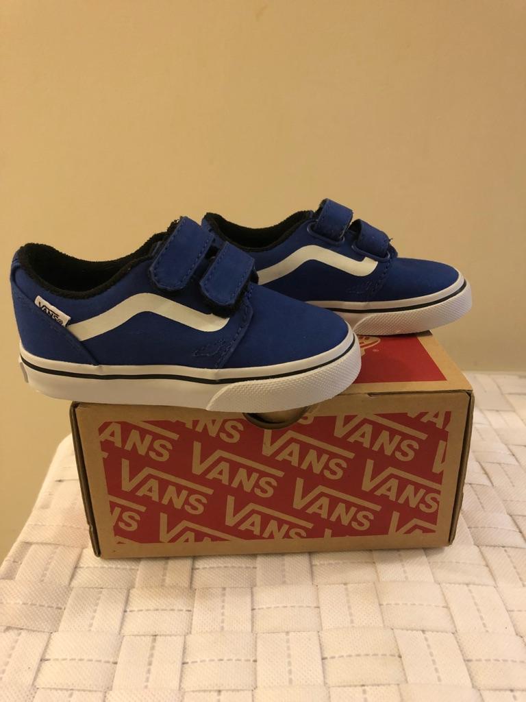 Little Boys vans shoes size 5