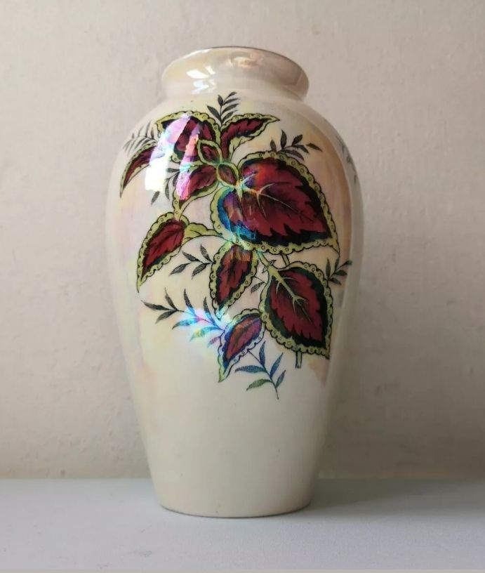 A vintage Maling Coleus pattern ballister vase