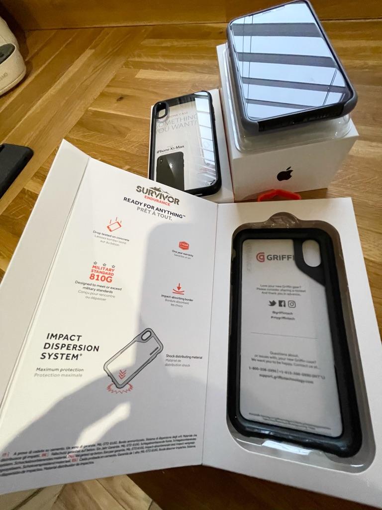 iPhone XS Max 512GB Space Grey mint unlocked