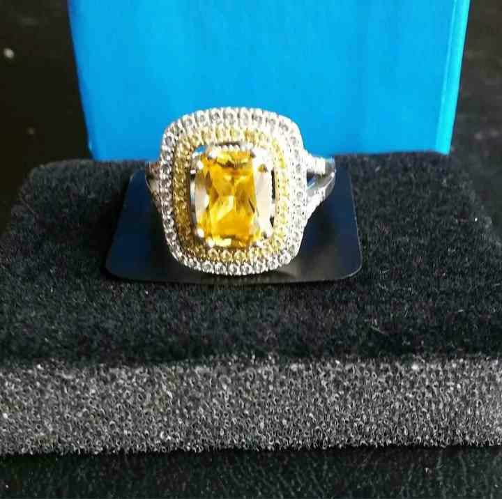 Yellow sapphire sms diamond ring size 6