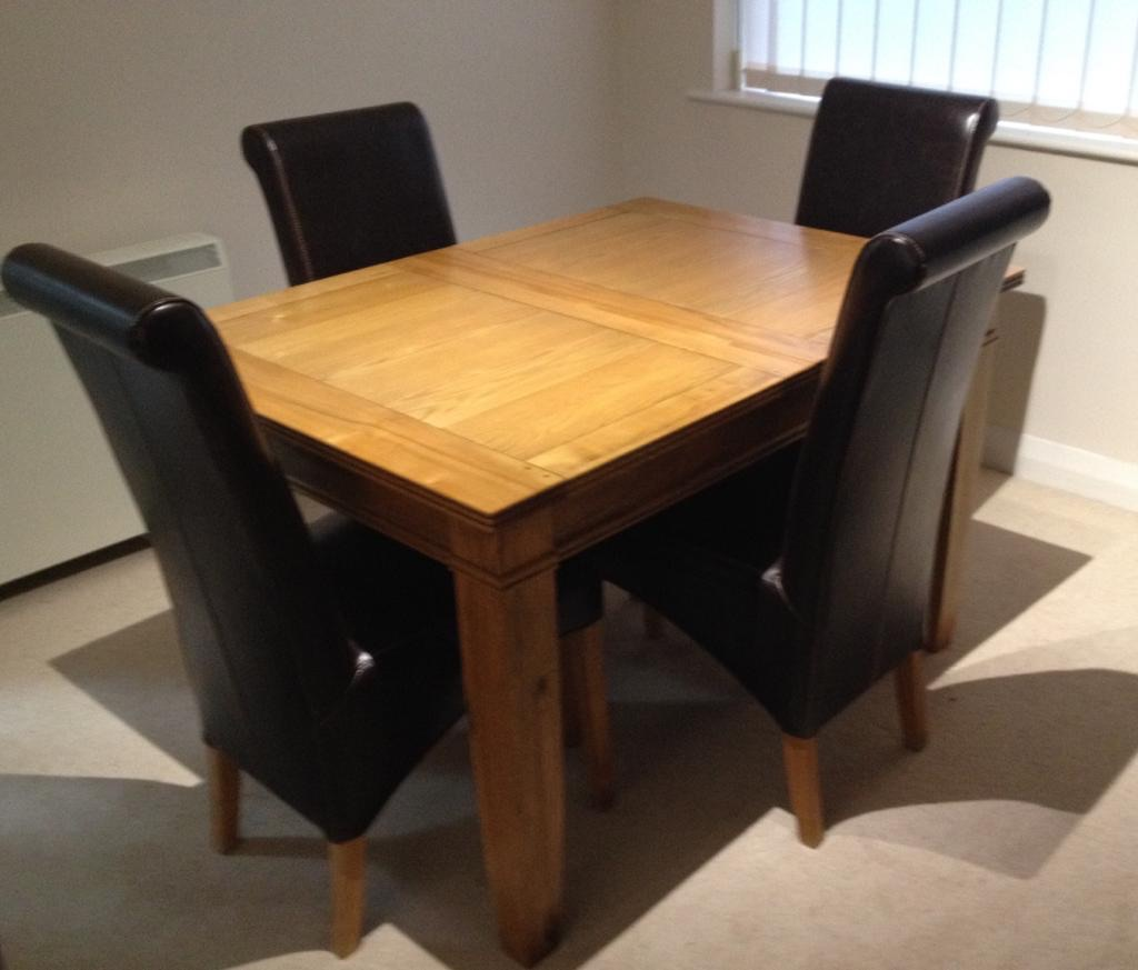 Arighi Bianchi Italian Extending Solid Oak Dining Table