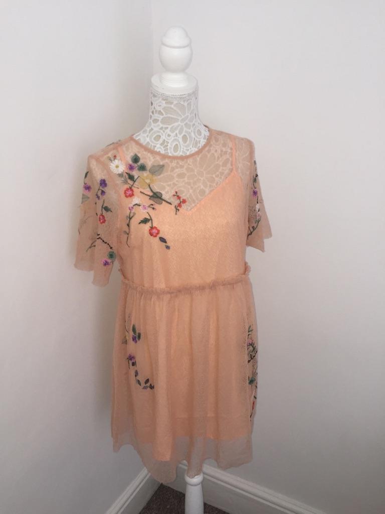 Brand new topshop dress size 10