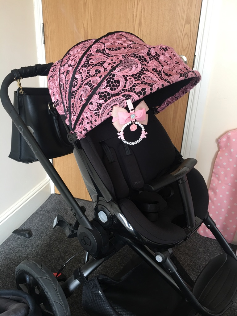Black Devotion Quinny Moodd pushchair