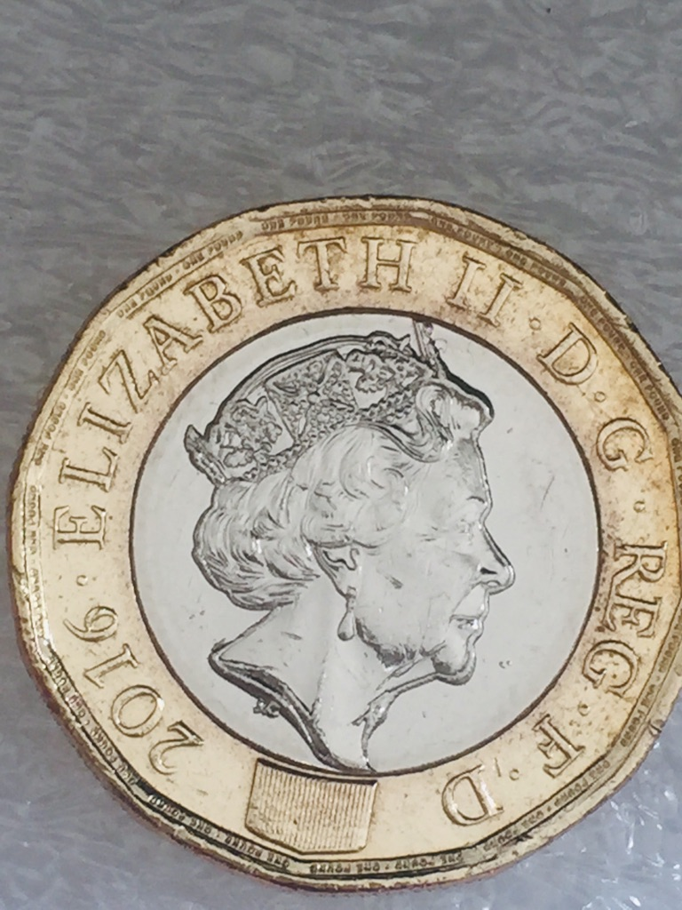 1 pound coin 12 sided . Error 2016.