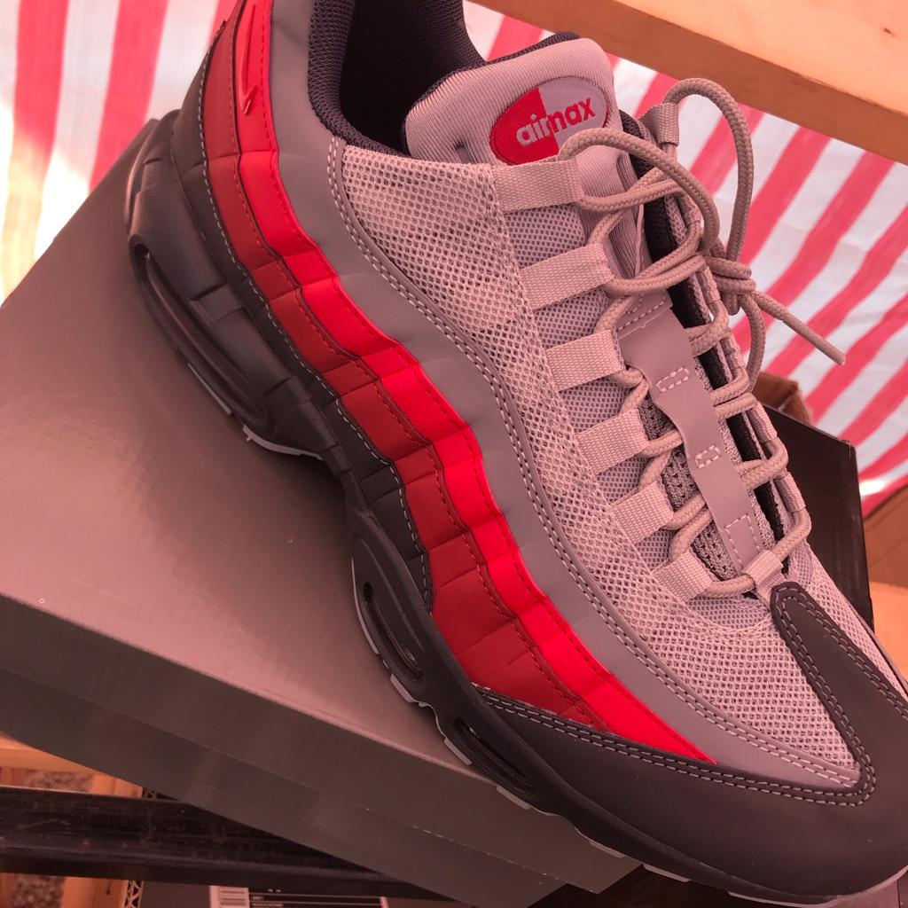 New Nike trainers 95