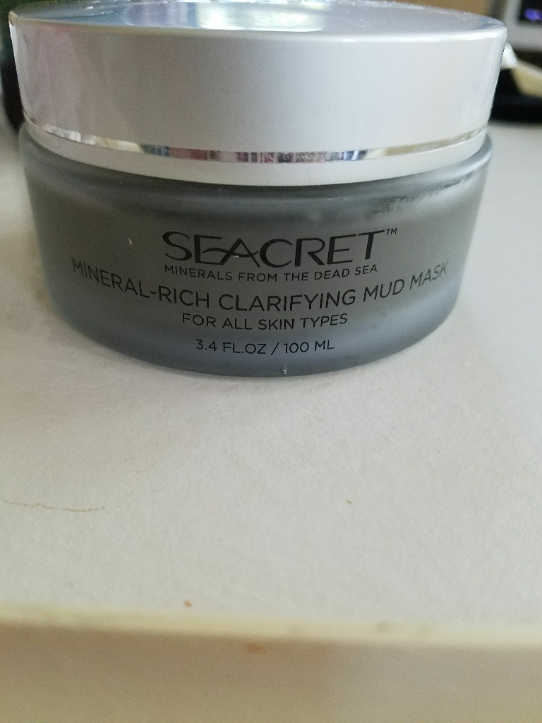Seacret mineral rich clarifying mud mask