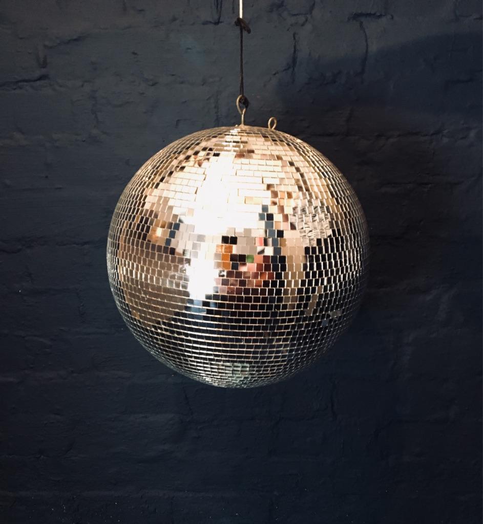 Disco /Mirror Ball diameter 40 cms.