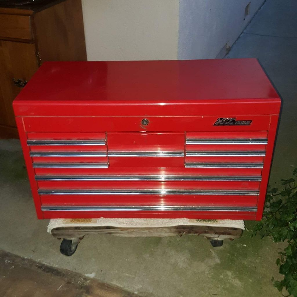 MAC TOOL BOX NO TOOLS