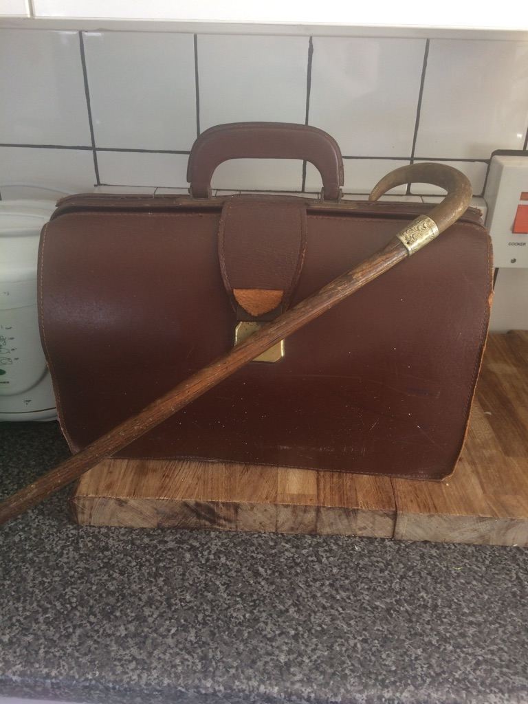GLADSTONE BAG AND WALKING STICK