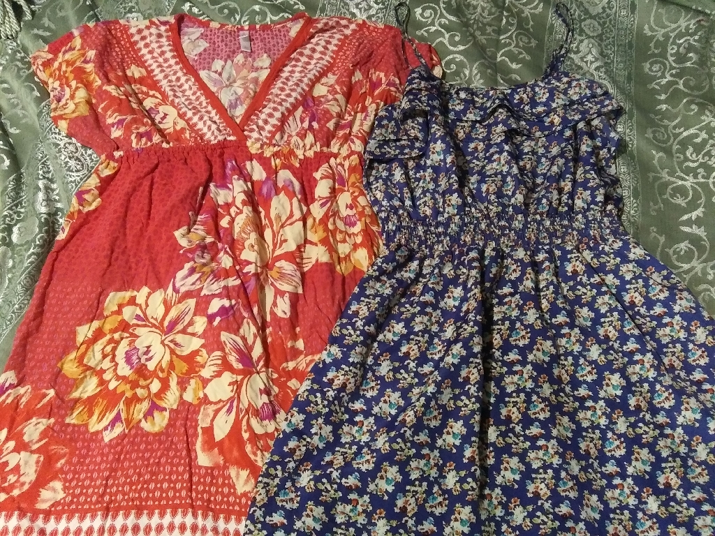 Ladies large dresses