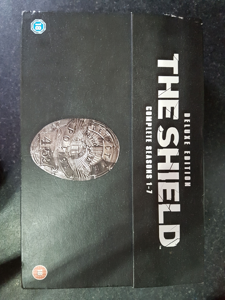 The Shield Complete Deluxe Edition