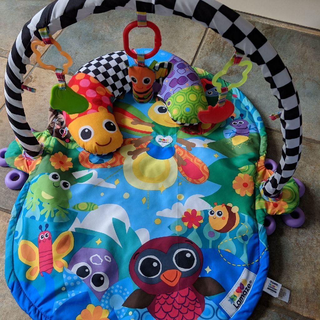 Lamaze baby gym/play mat