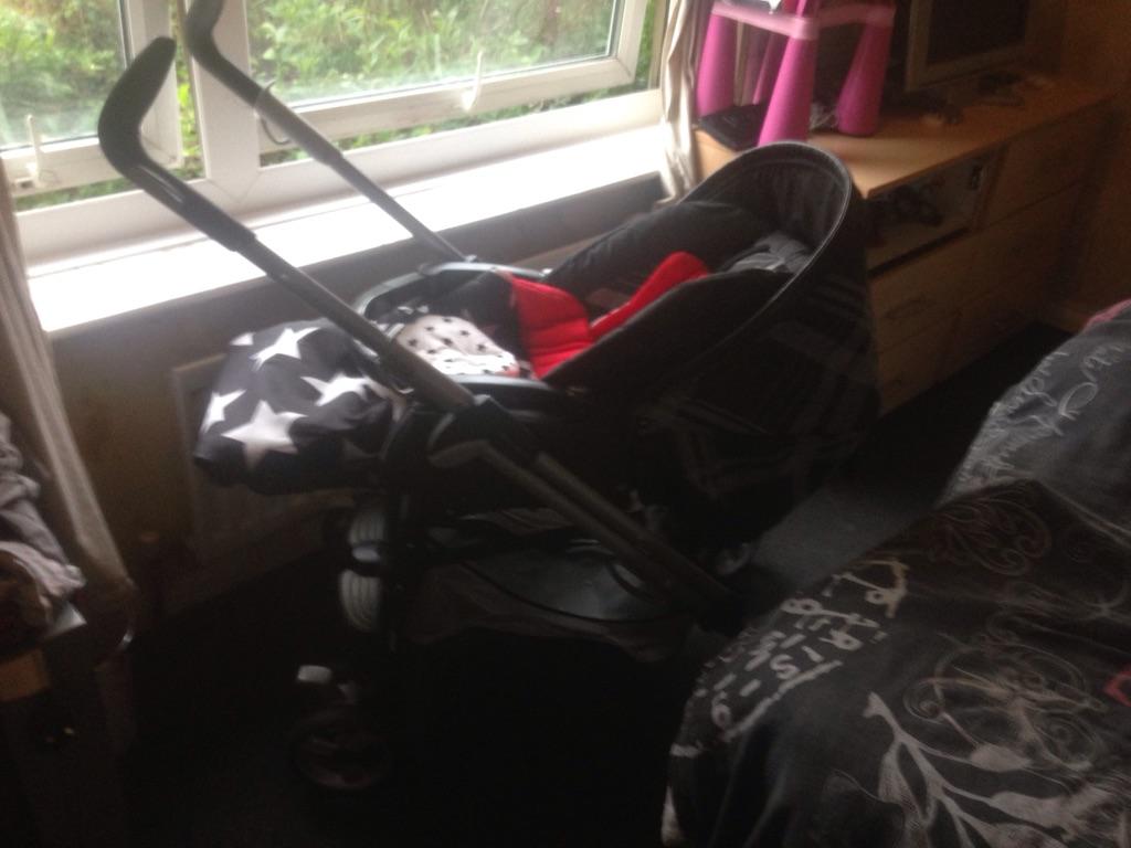 Mamas and papas combi pram/pushchair