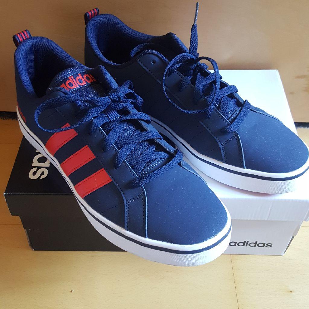 Adidas Man Pace .size 8