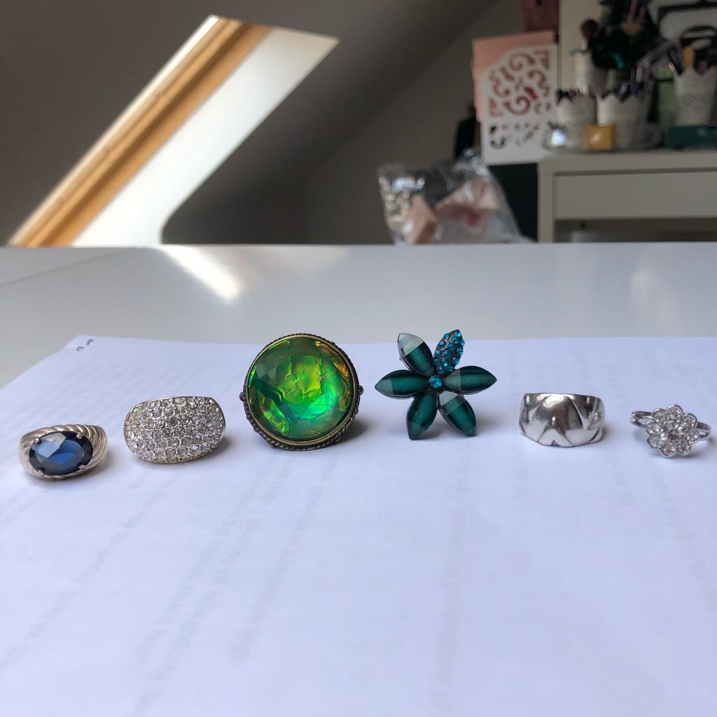 Variety of rings (£2 each)