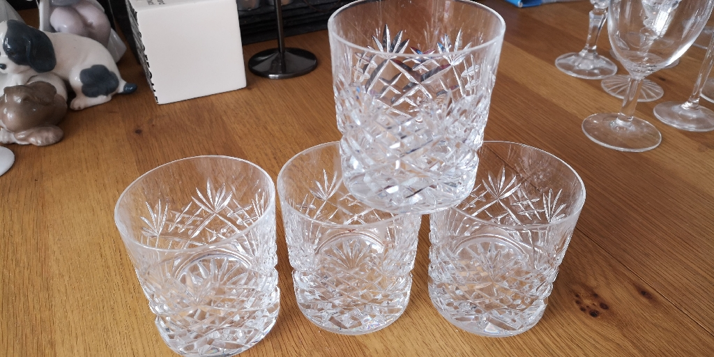 4 Royal Dolton a crystal Whiskey tumblers
