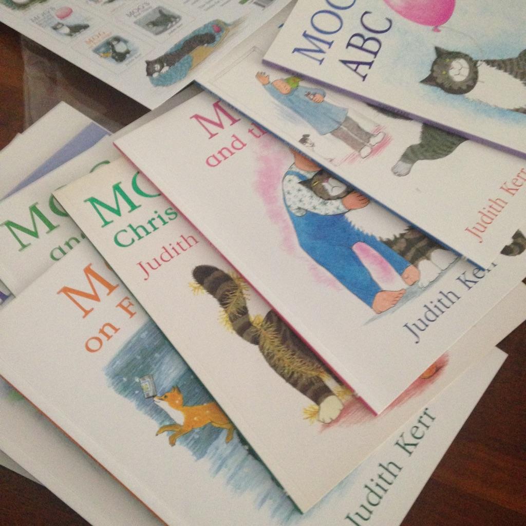 Mog books