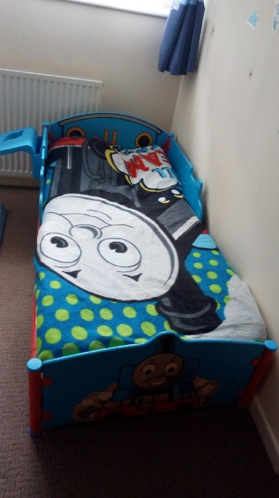 Thomas tank toddler bed