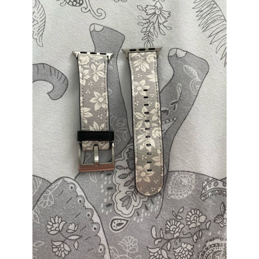 Dupe Apple watch straps