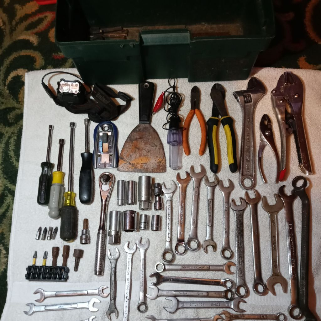 Toolbox, tools & rechargeable headlamp