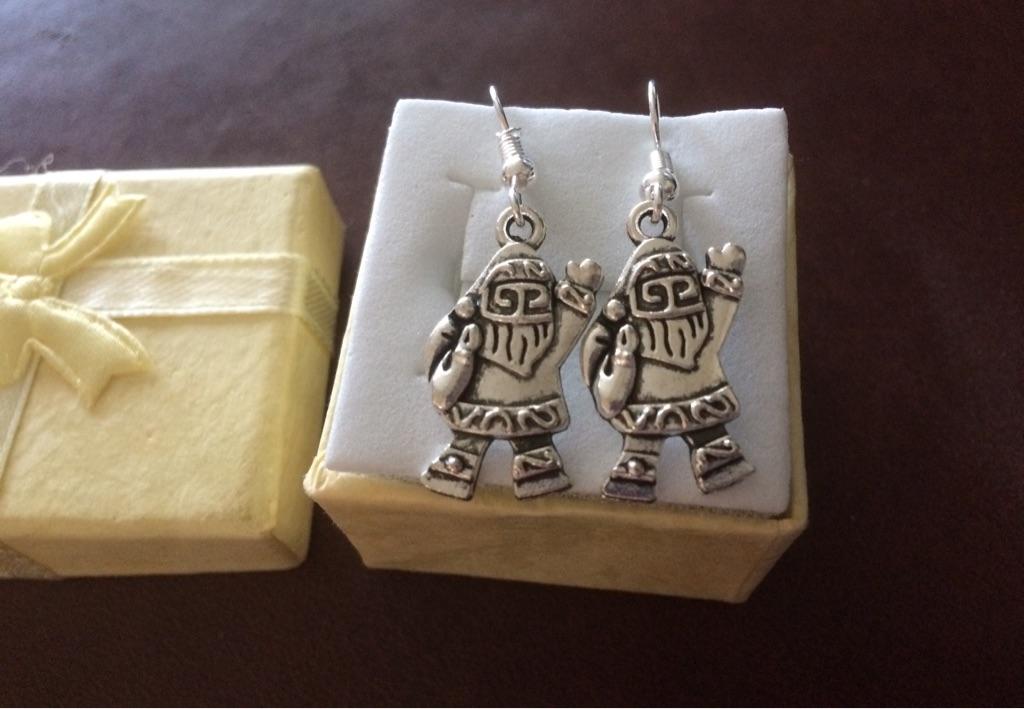 New Santa earrings