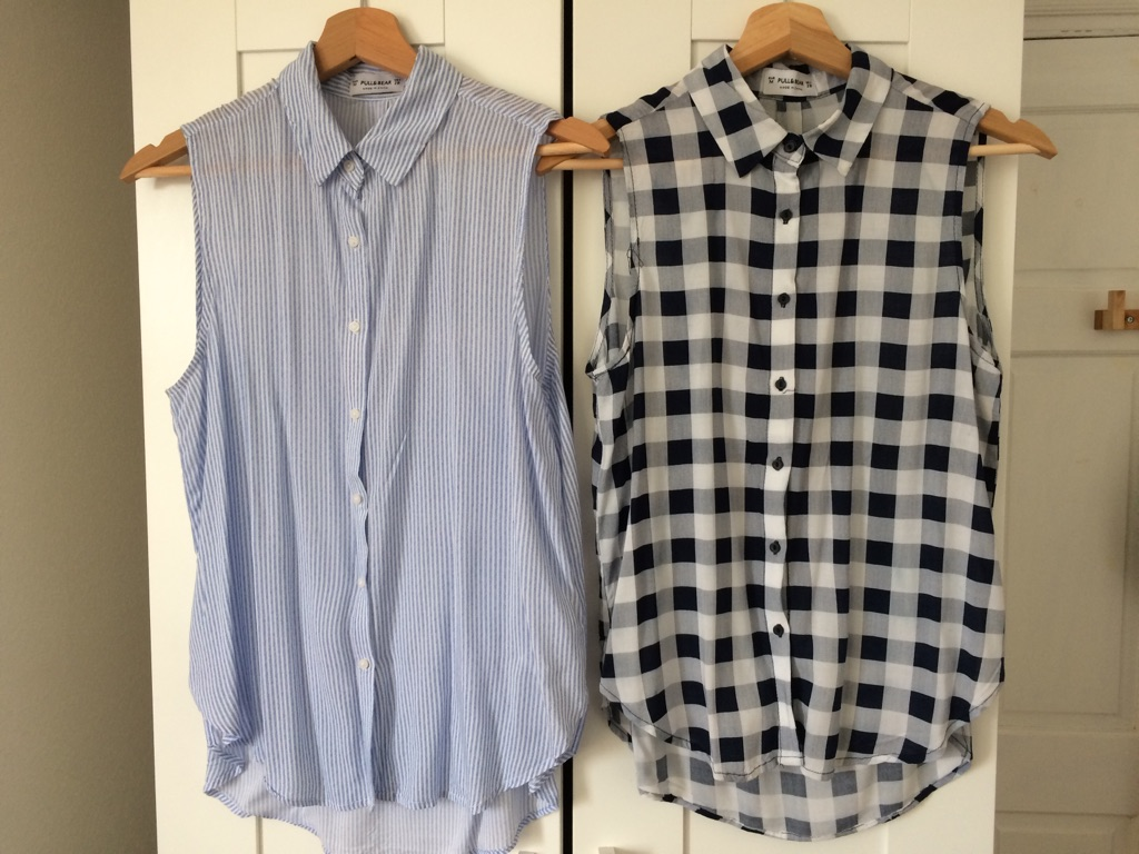 PULL&BEAR 2 tops in great condition