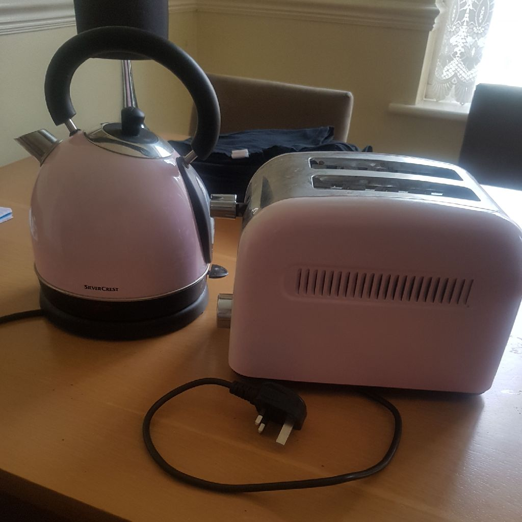 Silvercrest kettle and toaster