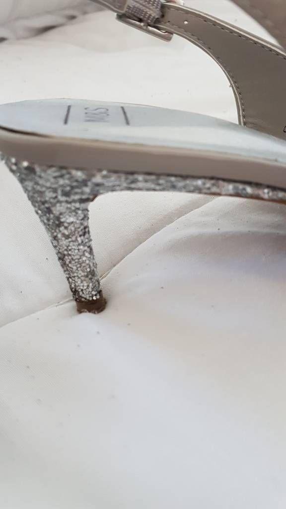 Kitten heeled grey shiny shoes size 7