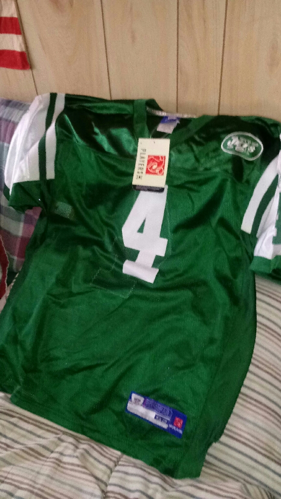 """ BRETT FAVRE FOOTBALL JERSEY """