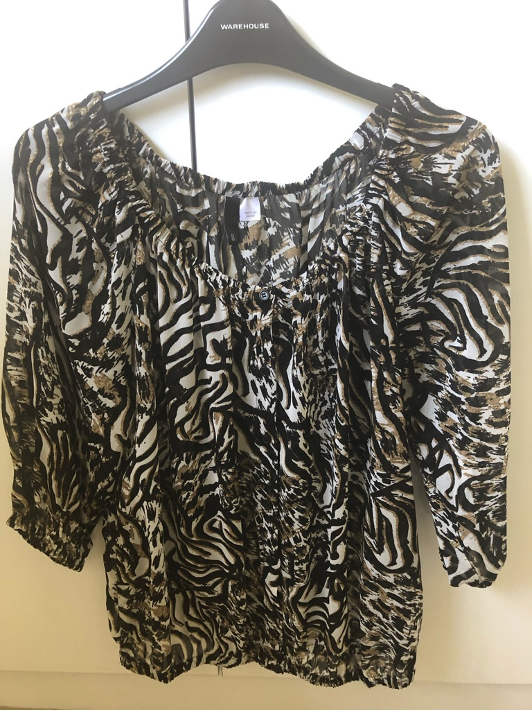 Ladies Animal Design Blouse - Size 8