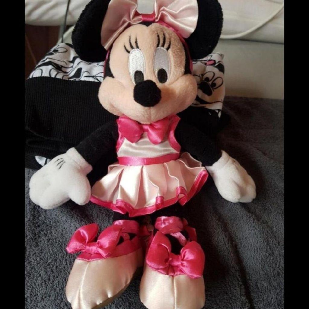 Medium sized minnie mouse plush teddy